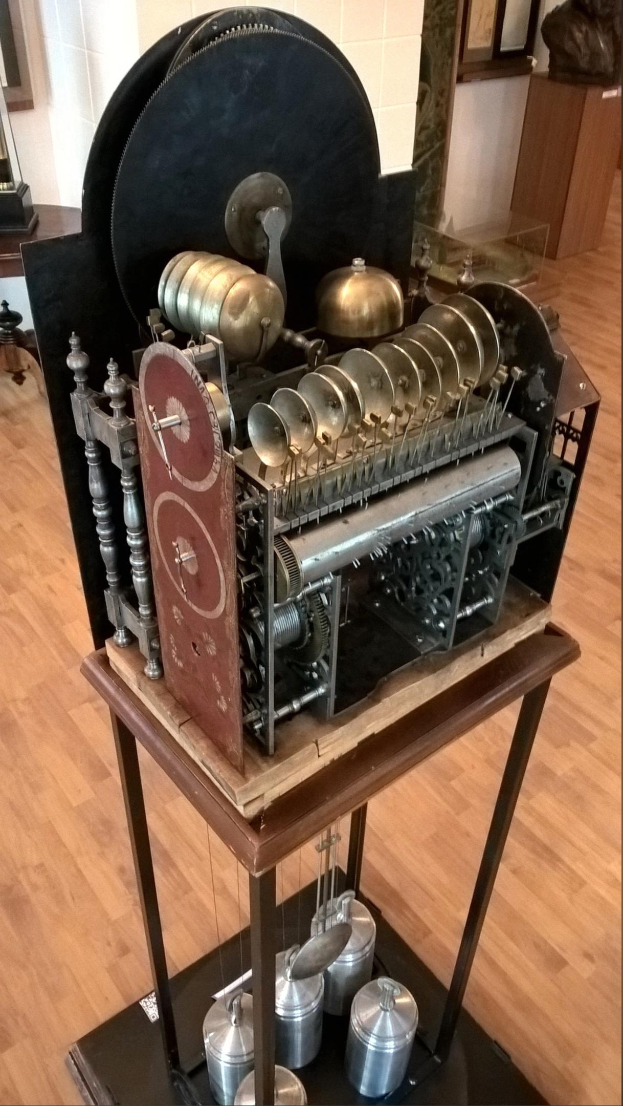 В музее имени Черепановых уникальные часы
