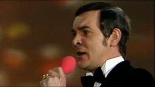 Муслим Магомаев (Muslim Magomajev/Müslüm Maqomayev) - Help Yourself/Komm und bedien dich (1973)