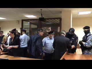 Михаил Ефремов понес жестокое и во многом заслуженное наказание за убийство в пьяном ДТП