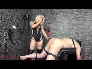 House of sinn - sarah a caning fuck for the whore femdom