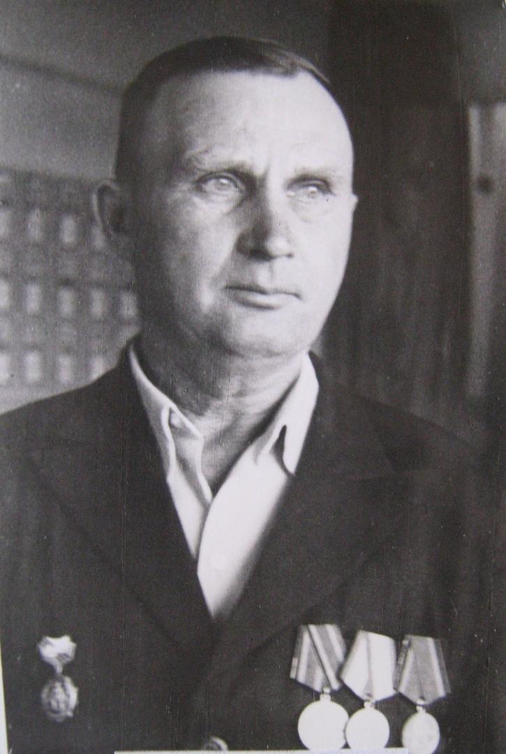 Толстихин Анатолий Николаевич