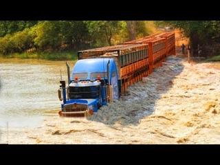 Biggest Road Trains Truck Crossing Flooded River    Crane Truck Fails   Trucks Cross Muddy Roads