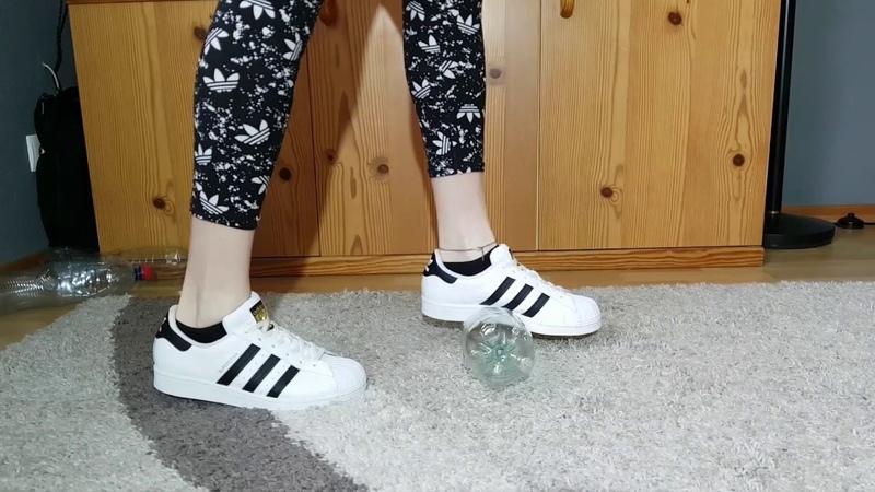 Adidas Superstars crush plastic bootles crush fetish Recycling ASMR CRUSHFETISH 8989