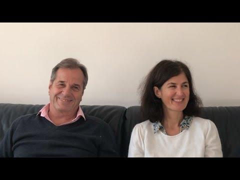 L'entrée dans le courant et le rire qui l'accompagne Marion et Gérard