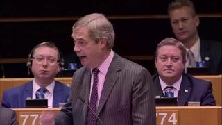 Nigel Farage - vdce Brexit Party - se lou s Evropskou uni (esk peklad)