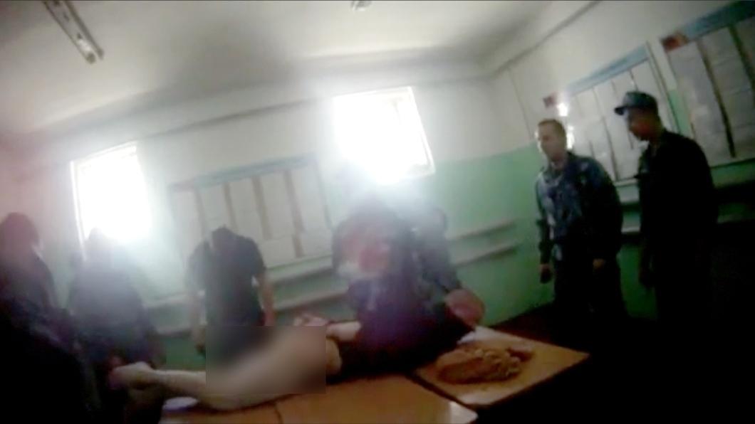 Как решить проблему пыток в исправительных учреждениях РФ?
