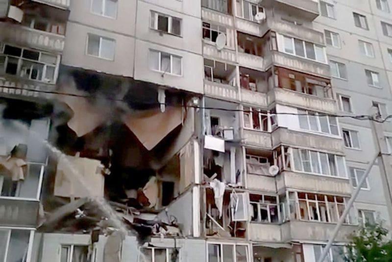 Вчера в одной из десятиэтажек Ярославля произошёл взрыв. Следственный Комитет назвал его возможную причину - это утечка газа