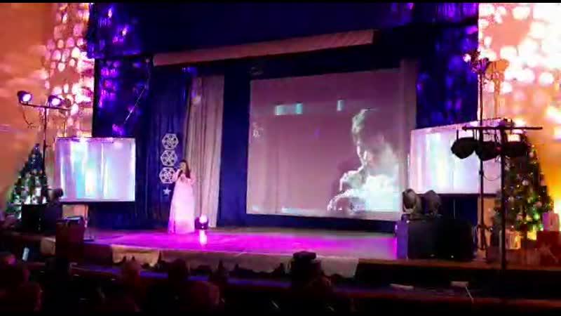Я с Димашем Кудайбергеном в дуэте правда он только на экране сцены но может мечта и сбудется😊 любовьуставшихлебедей🙏🎼