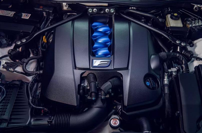 Обновленный Lexus RC F и трековая версия из карбона, изображение №3