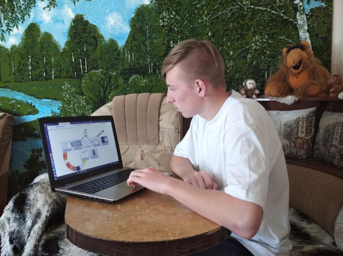 Студенты Петровского политеха - участники онлайн-викторины о предпринимательстве