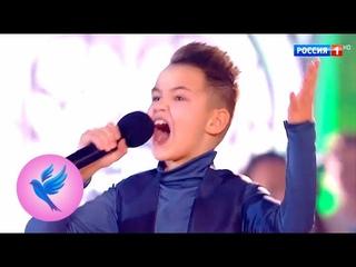 "Кирилл Березкин, Александр Домогаров, Дмитрий Харатьян. ""Не вешать нос, гардемарины!"" Синяя птица"