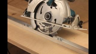 Направляющая шина для дисковой пилы буквально на коленке | Генератор идей!