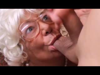 Порно -- ей 68  -- комедия смешная старушка -- granny gilf porn <><><><>