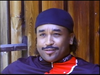 Carter Beauford - Under the Table and Drumming