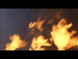 Вулкан. триллер, драма  (1997) Томми Ли Джонс.