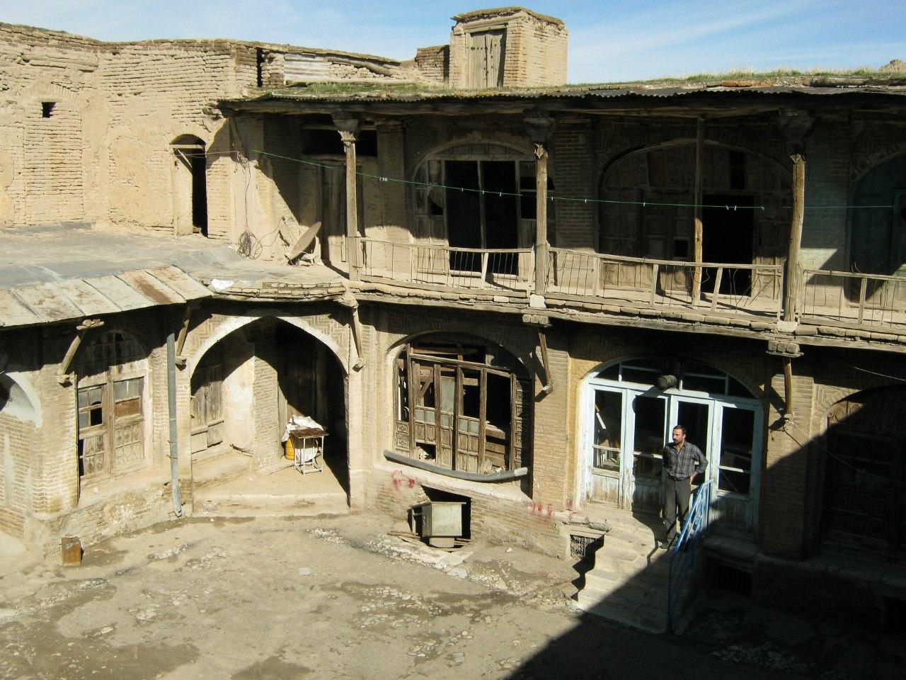 старинный дом в Керманшахе