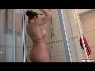 Marta LaCroft - Sexy Tourist Fucks in the Bathroom