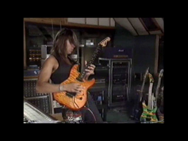 George Lynch the original Dokken guitarist Lynch Mob solo´s from wicked sensation album