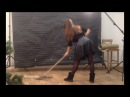 Девушка учит как мыть пол в фотостудии Ruslo (Дзержинск)