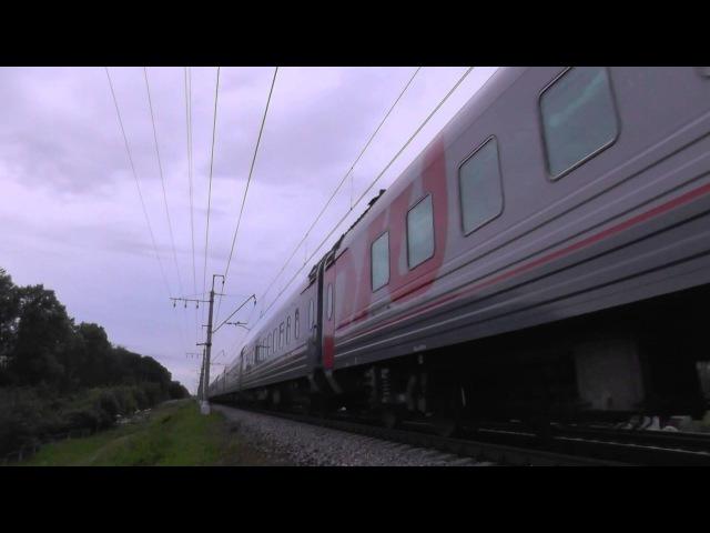 Электровоз ЧС6-020 с поездом №063 «Две Столицы»