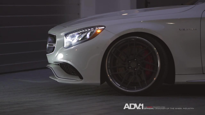 2016 Mercedes S Coupe _ Snow White and the 7Rs