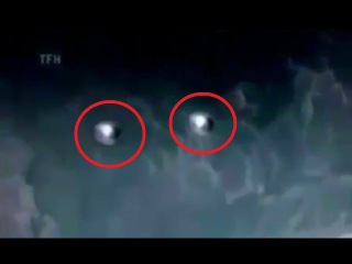 UFO's Survey Space Shuttle At The ISS   Best UFO Video 2016