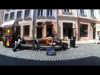 Lviv street musicians 017 Ярослав (Доктор Морфей) ч. 1