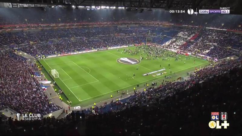 Начало матча Лион Бешикташ отложено из за беспорядков на стадионе