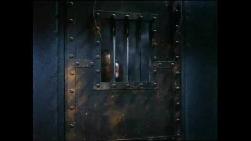 Girl handcuffs the room » FreeWka - Смотреть онлайн в хорошем качестве