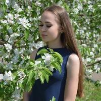 Эвелина Мадьярова