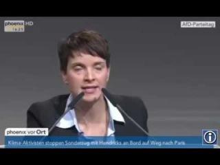 """Frauke Petry von der AFD fordert""""Frau Merkel treten Sie zurück""""! Sie schaffen das!"""