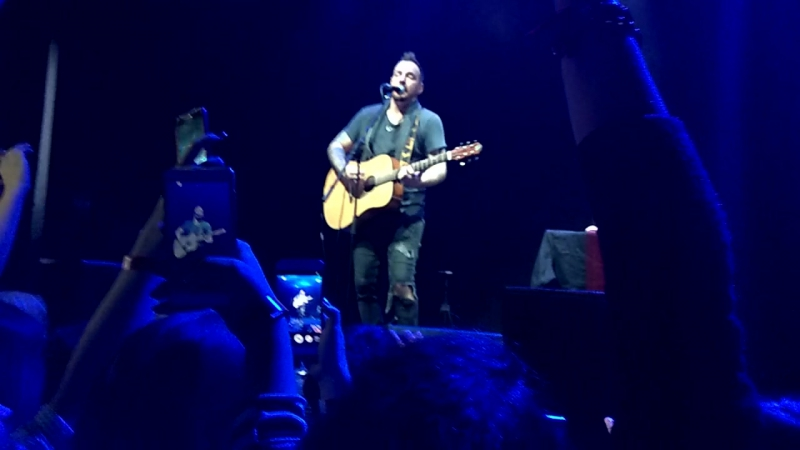 Adam Gontier - nevet too late (live Kiev 08.11.2017)