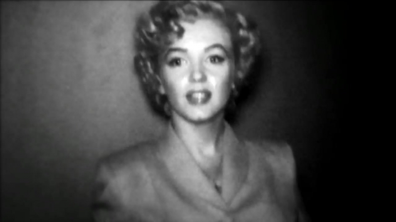 Marilyn and N°5 (30_ version) - Inside CHANEL [720p]