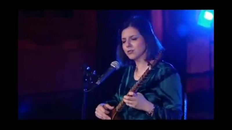 Sepideh Raissadat sings Ze Farvardin on BBC Persian Kook Program