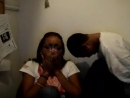 Ребята смотрят видео,как кому-то делают пирсинг в интимном месте