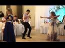 Гость на свадьбе жжет. Очень смешно танцует страшные танцы
