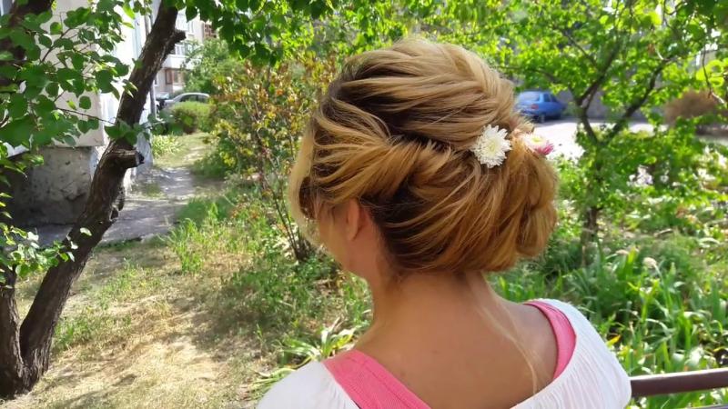 Текстурная прическа из прямых волос