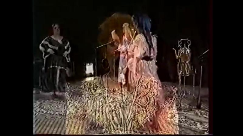 Nora El Guelmia - Ya nakare el achra - Folklore Chaoui Gasba