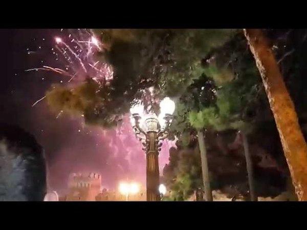 Баку Новруз Байрам Концерт салют и прыжки через костер на последний чяршянбя года