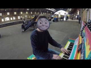 Playing Thomas the Tank Engine theme in a Train Station