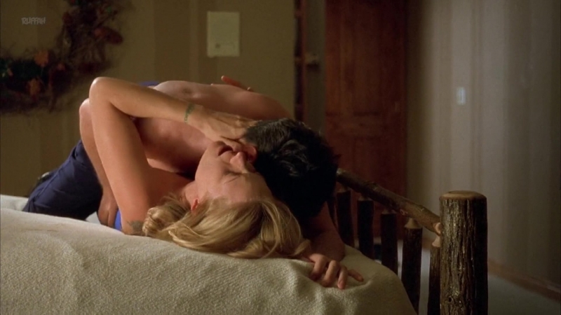 Alison Eastwood Nude - Friends And Lovers (US 1999) 1080p WEB