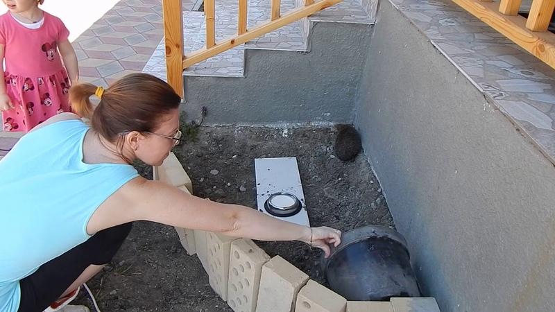 Анапа Гостагаевская Я бассейн мыть пошёл и там ёжика нашёл