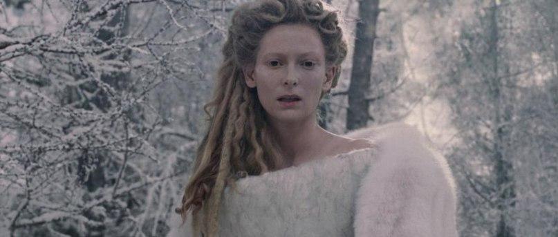 Тильда Суинтон смогла - сознательно или бессознательно - показать ОТЧАЯНЬЕ, которого нет в словах её персонажа, но есть в лице и взгляде.