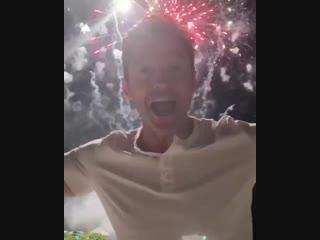 "Hugh Jackman on Instagram_ ""Happy new year! #2019"""