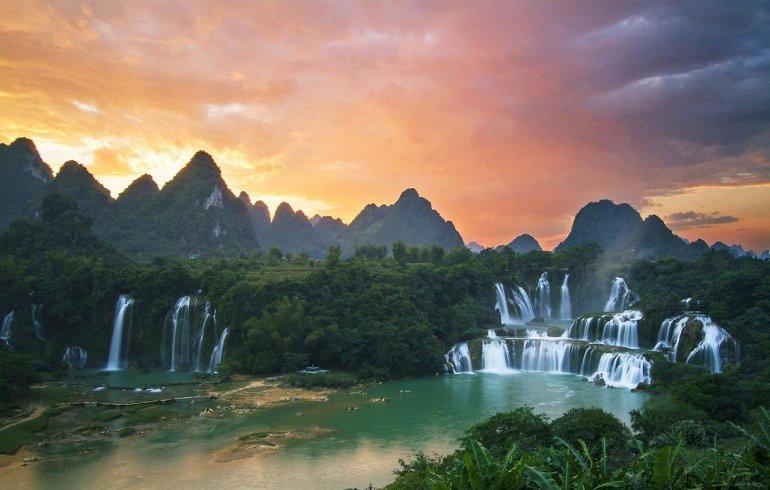 Водопад Дэтянь - Азиатское Чудо Природы, изображение №5
