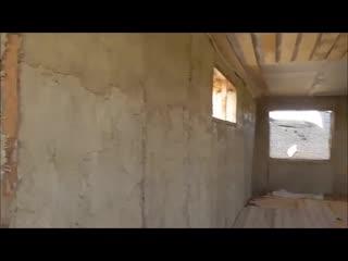 Стройка соломенного дома