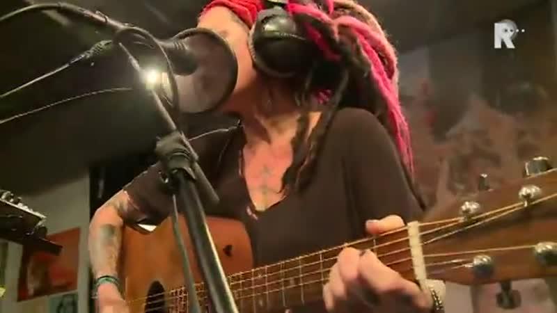 Dilana Smith - Dead flower (Live uit Lloyd)