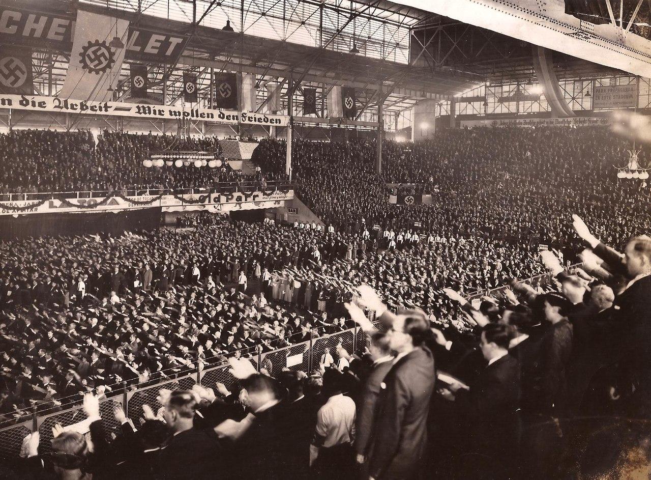 Самый большой нацистский митинг за пределами Германии, Буэнос-Айрес, 1938 год.