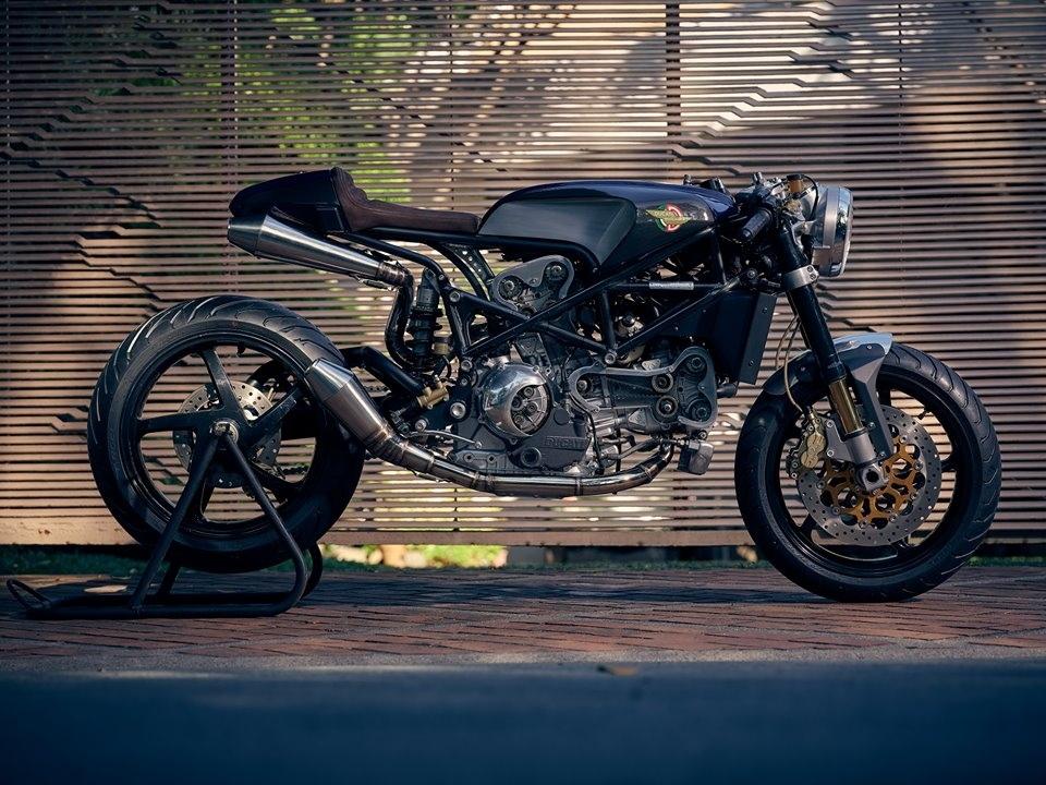 BCR: кафе рейсер Ducati S4R Angalore
