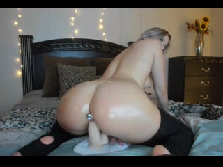 Blonde pawg dildo ride - big ass butts booty tits boobs bbw pawg curvy mature milf